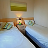 Lodges at Elie Holiday Park - twin bedroom