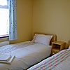 The Lodge at Elie Holiday Park - twin bedroom