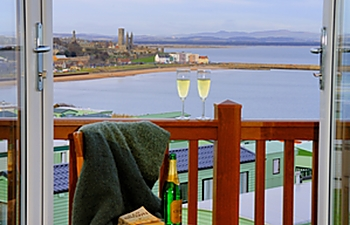 Lodges at St Andrews Holiday Park with breathtaking views from your decking