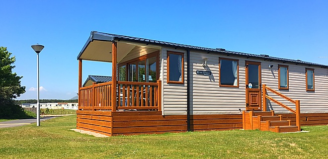 Castaway (beach) holiday homes