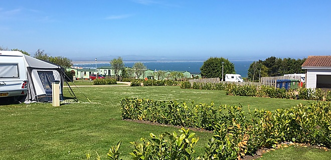 Clifftops touring field, St Andrews Holiday Park